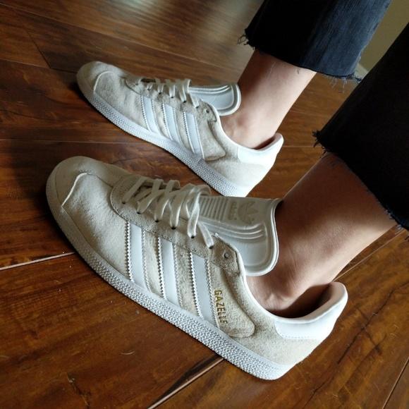 Cream & White Adidas Gazelle suede
